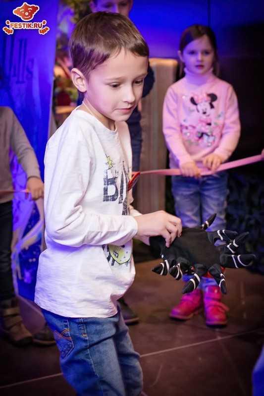 fotootchet-otkryitie-restorana-monster-hiils-13-fevralya-2016-festik-moskva (19)