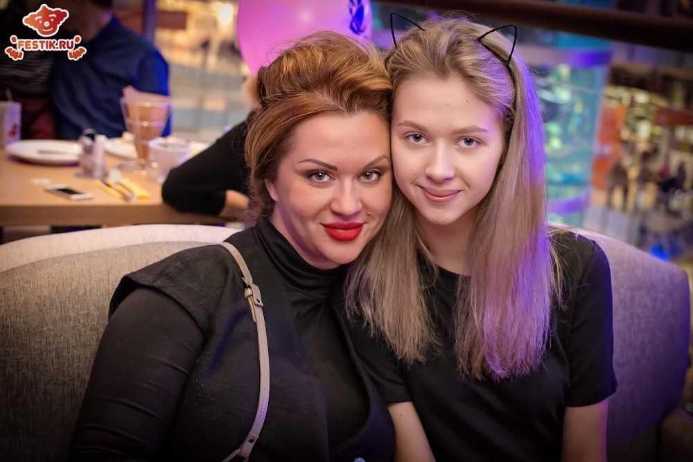 fotootchet-otkryitie-restorana-monster-hiils-13-fevralya-2016-festik-moskva (70)