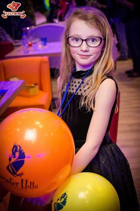 fotootchet-otkryitie-restorana-monster-hiils-13-fevralya-2016-festik-moskva (74)