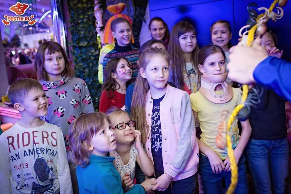 fotootchet-chudesa-himii-28-fevralya-2016-festik-moskva (40)