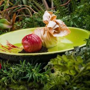 Хрустящий мешок с вишневой начинкой