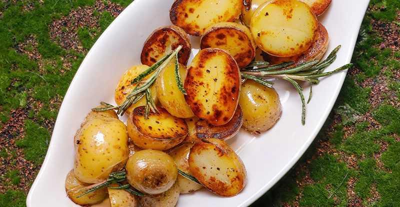 Картофель бэйби с розмарином